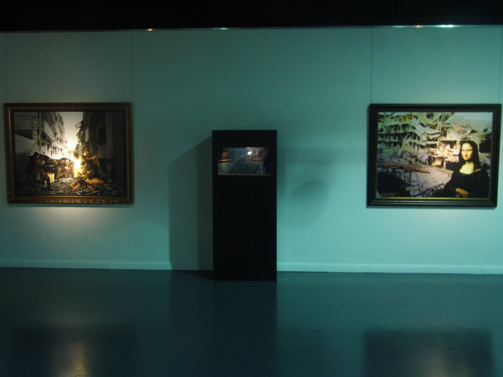 'Aquarium' installtion between 'Francisco Goya' & 'Mona lisa'  from 'Syrian Museum' section.