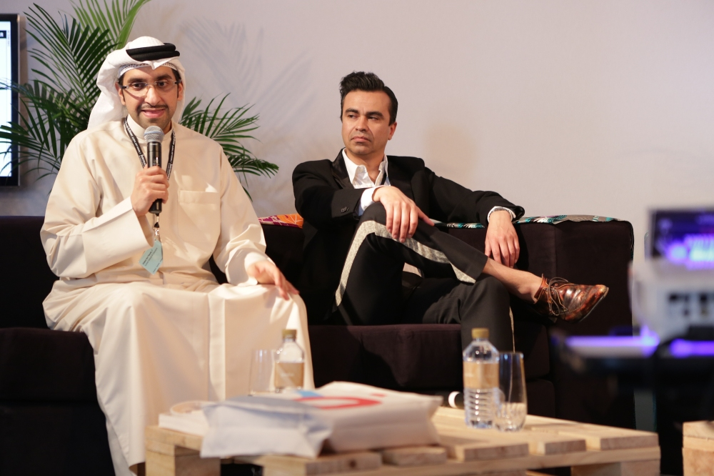 Sultan Sooud Al Qassemi, Oscar Guar speaking at Global Forum. Art Dubai 2013.