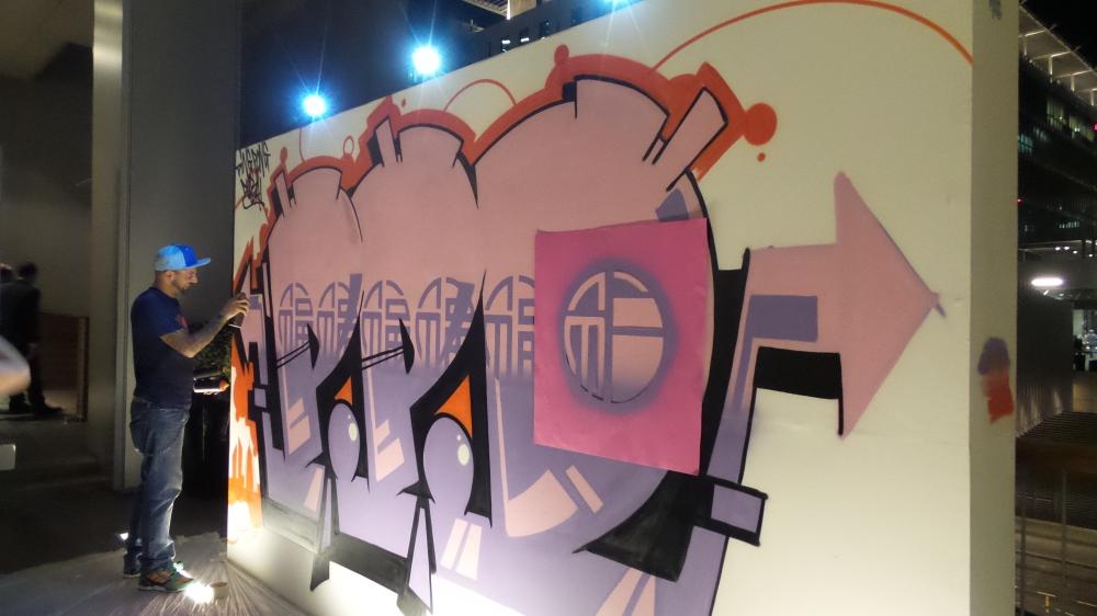 Live graffiti. DIFC Art Night 2014. Courtesy Al Mahha Art
