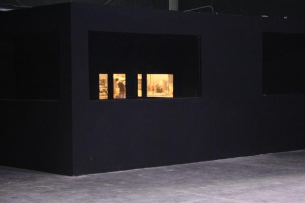 "Reza Aramesh, ""Action 136"" 2014, installed Dubai. Courtesy: Leila Heller Gallery."
